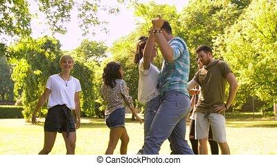 été, danse, parc, fête, amis, heureux