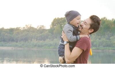 été, famille, père, concept., parc, fils, enfants, amusement, avoir, heureux