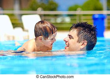 été, famille, piscine, heureux