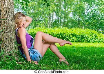 été, femme, reposer, parc, séduisant, blonds, jour