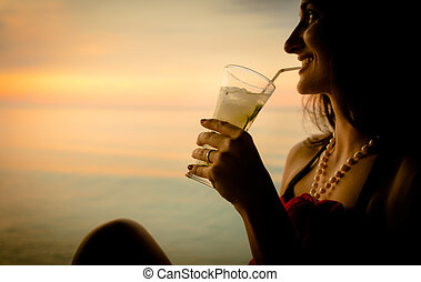 été, femme, touriste, cocktail, vacances, coucher soleil, boire