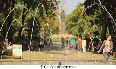"""été, festival., central, gens marcher, courant, """"many, apprécier, enfants, park"""""""
