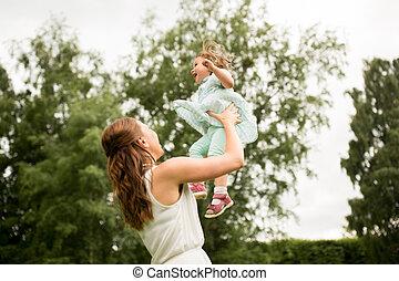 été, fille, parc, mère, bébé, heureux