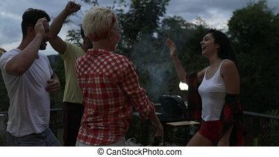 été, groupe, gens, communication, danse, gai, terrasse, tropique, barbecue, fête, amis, avoir