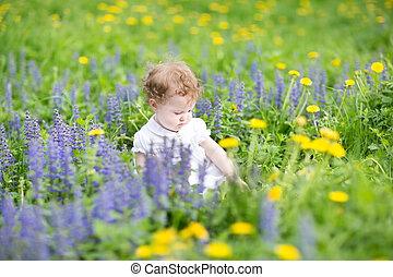 été, jardin, fleurir, dorlotez fille, adorable, jouer