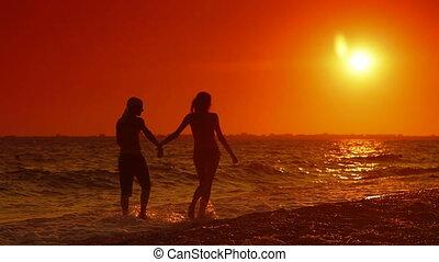été, long, plage, marche couples