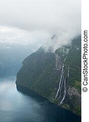 été, paysage, à, fjord, et, chute eau, norvège