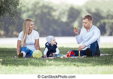 été, peu, souffler, walk., fils, leur, parents, bulles, jour