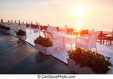 été, plage, restaurant