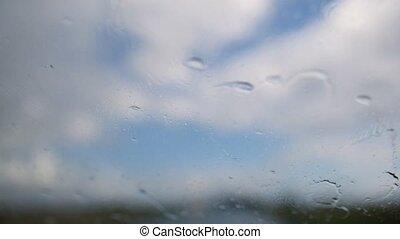 été, pluvieux, -, arrière-plan., en mouvement, defocused, pare-brise, jour, autoroute, waterdrops