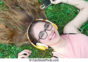 été, pré, écouteurs, ruisseler, musique écouter, girl