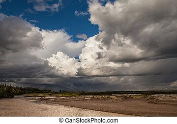 été, rivière, orage, cuivre