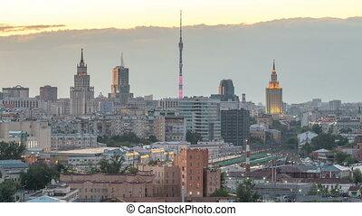 été, timelapse., gratte-ciel, staline, tv, résidentiel, bâtiments, moscou, toits, station, nuit, ferroviaire, tour, ostankino, russie, jour