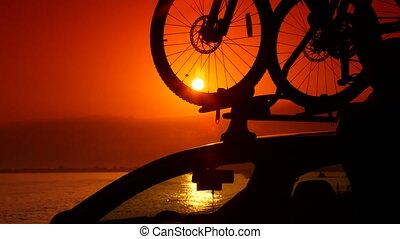 été, voiture, toit, attacher, vélo, porteur, plage, homme