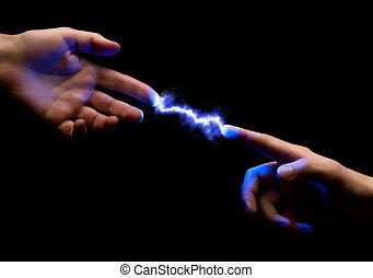 étincelle, entre, mains