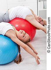 étirage, exercice gymnastique