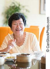 étkező, senior woman, ázsiai