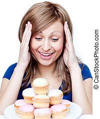 étonné, gâteau, femme mange