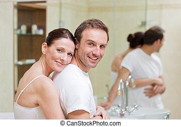 étreindre, couple, salle bains