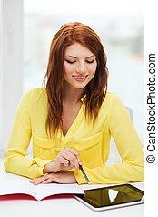 étudiant, à, pc tablette, informatique, et, cahier