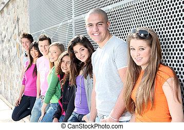 étudiants, adolescents, divers, groupe, ou
