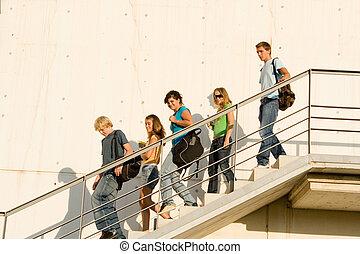 étudiants, campus, partir