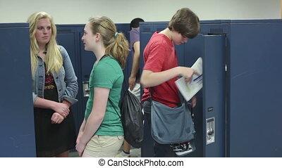 étudiants, casier, école, visiter