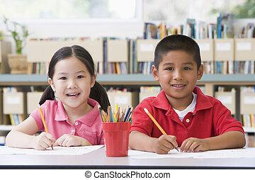 étudiants, classe, deux, écriture