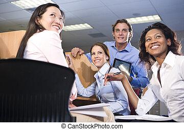 étudiants, collège, groupe ensemble, étudier