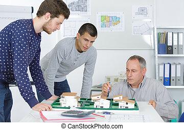 étudiants, dans, architecture, classe, à, entraîneur
