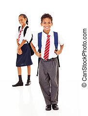 étudiants, debout, école, deux, primaire