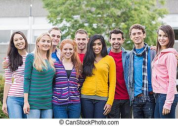 étudiants, debout, parc, collège, jeune