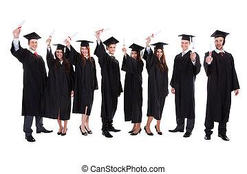 étudiants, diplômé, élévation, mains