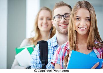 étudiants, intelligent
