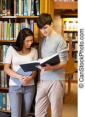 étudiants, portrait, livre lecture, jeune