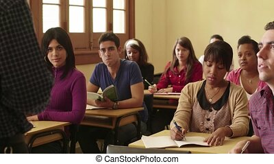 étudiants, prof, parler