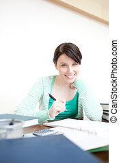 étudier, femme, jeune, heureux