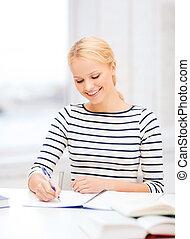 étudier, femme souriante, collège