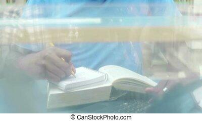 étudier, jeune, bibliothèque, homme