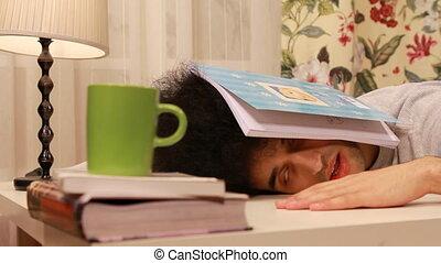 étudier, jeune, quoique, sommeil, tomber, homme