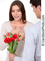 être, fleurs, femme, surpris, tas