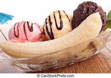 ínyenc, banán elreped