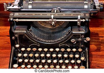 írógép, öreg