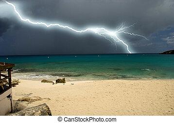 île, approchant, orage, saint, maarten