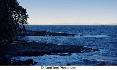 île, rivage, soir, accidenté