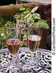 óculos, de, vermelho branco, vinho, ligado, um, tabela