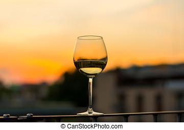 óculos, pôr do sol, fundo, vinho