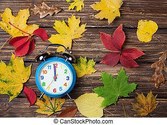 óra, fából való, ijedtség, ősz, őt lap, asztal.