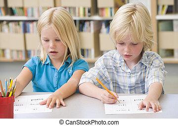 óvoda, gyerekek, tanulás, to írás