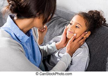 ölelgetés, african american, anya lány